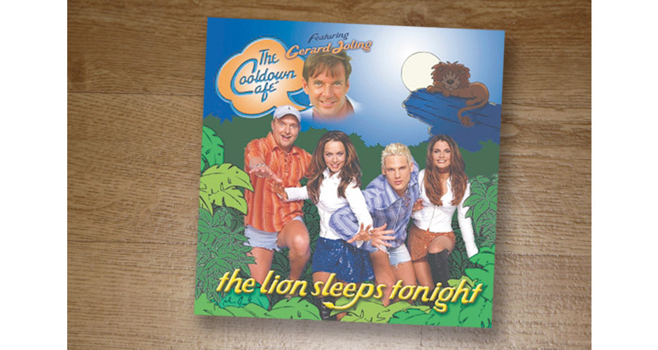 Cooldown Café The Cooldown Café featuring Gerard Joling - The Lion Sleeps Tonight